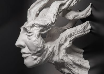La Força del Temps - escultura de una cabeza femenina en forma de arbol en macryl blanco